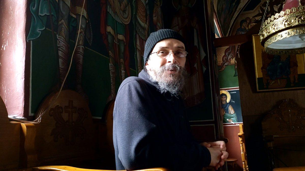 Cum să nu înnebunim și să avem curaj - părintele Teologos